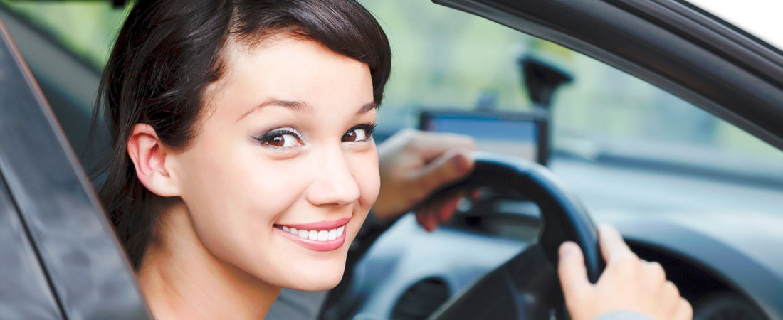 Affordable driving schools in Brisbane with happy student drivers